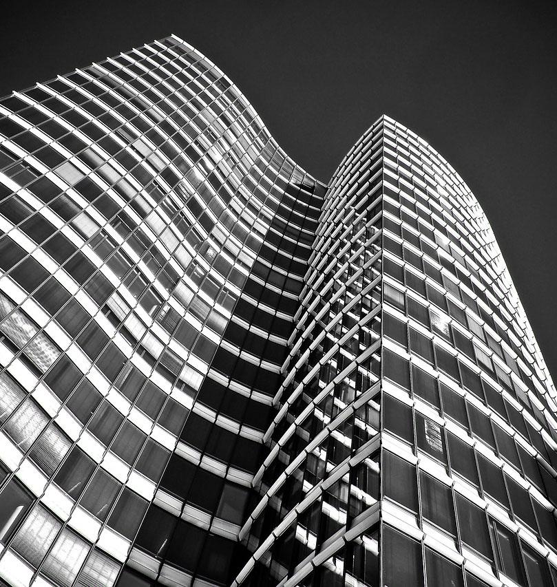 architecture-2083687_1280